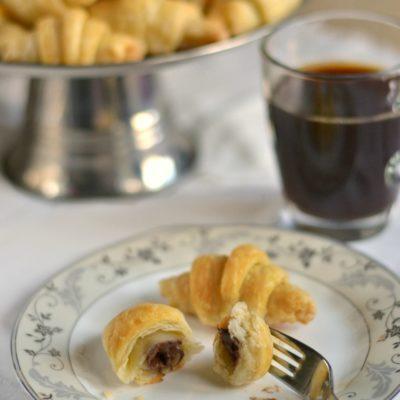 Two-ingredient Mini Nutella Croissants